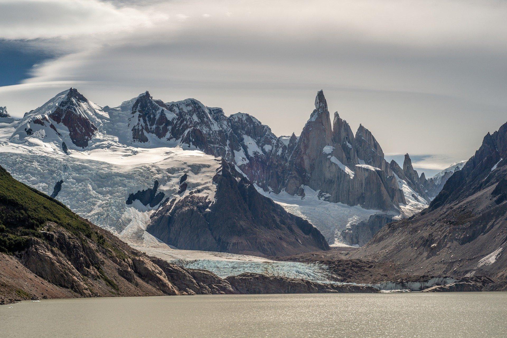 mountains 6318080 1920
